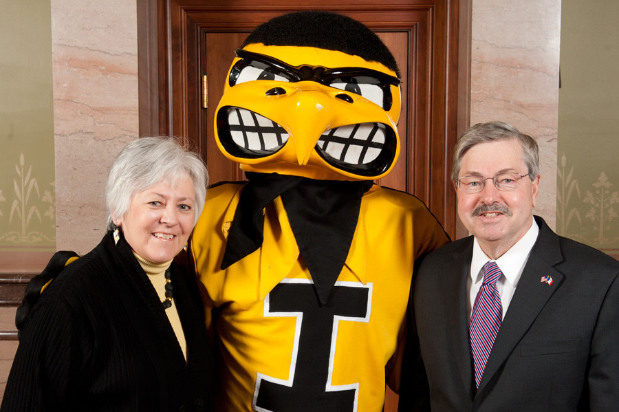 UI President Sally Mason with Iowa Governor Branstad